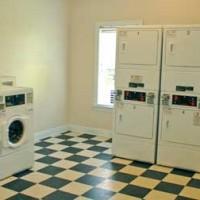 RCR-laundrymat-375